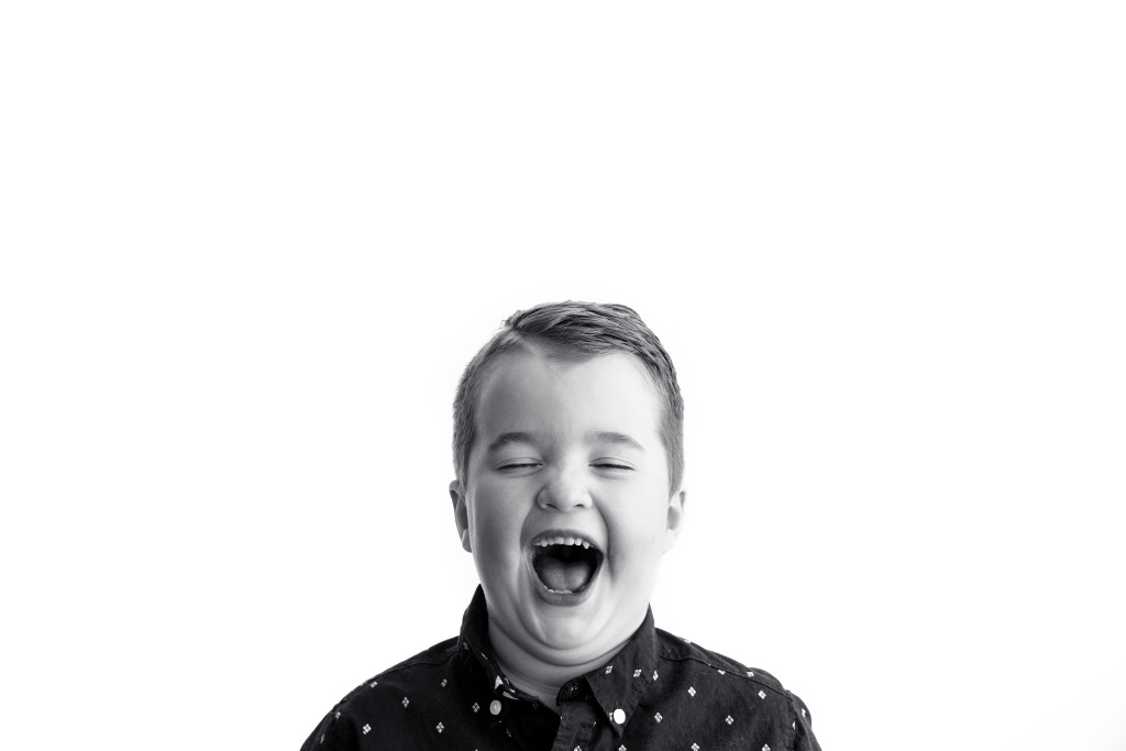 Fort McMurray kids photoshoot, Fort McMurray photographer, black and white portrait, trendy, Pinterest trend, wall art, Amie Roberts Photography